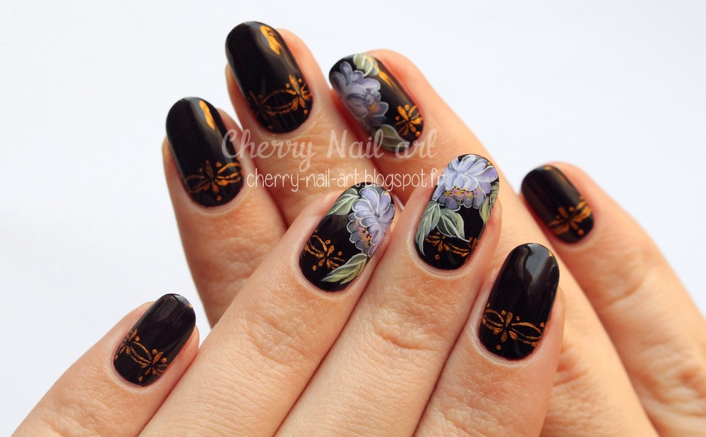 nail art fleur zhostovo