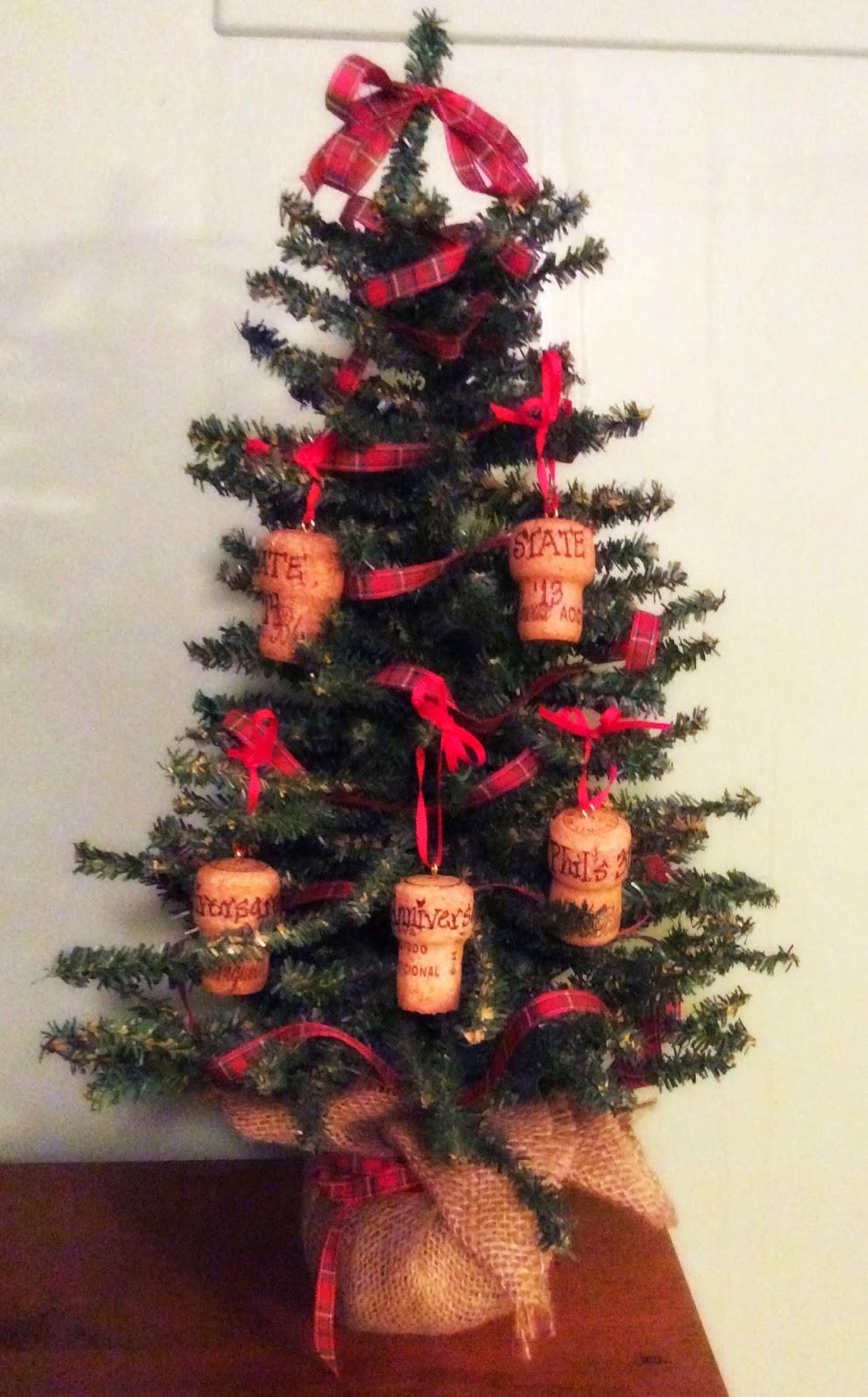 The Happy Little Hive: Champagne Cork Ornaments