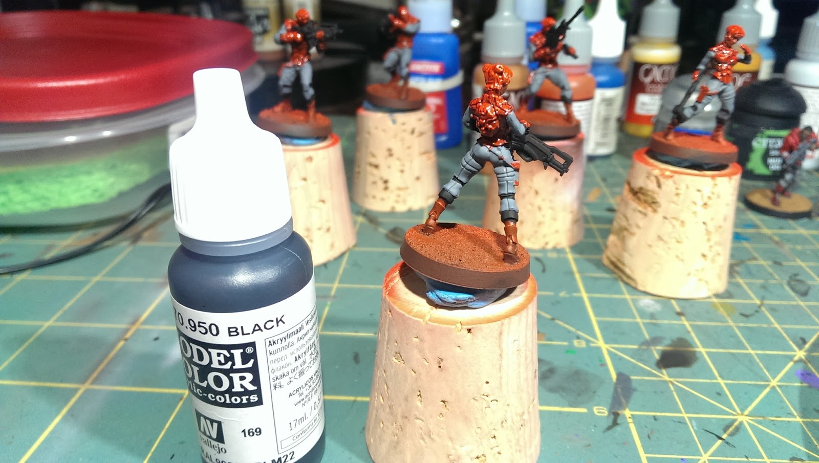 Game color vallejo - Using Vallejo Model Color 70 941 Burnt Umber To Paint The Holsters Straps And Boots On The Model Followed By A Line Highlight Of Vallejo Game Color