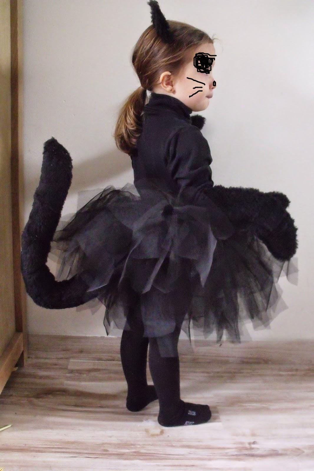 Lili joue maman bricole tuto costume chat noir fille pour halloween - Deguisement chat fille ...