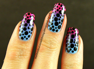 polka dot gradient nails
