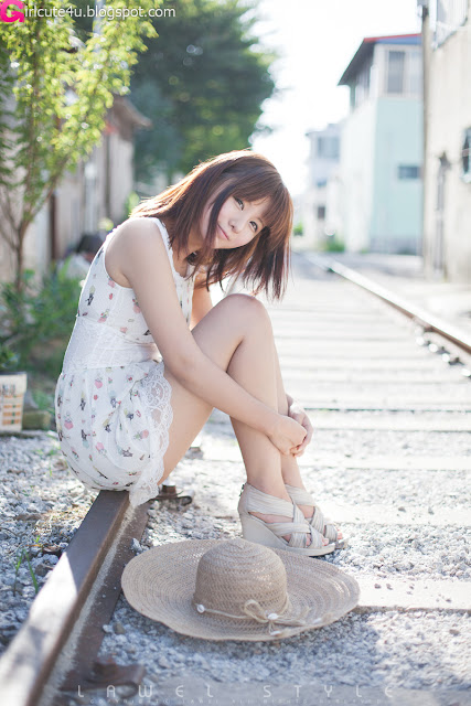 14 Ryu Ji Hye Outdoor and Indoor-very cute asian girl-girlcute4u.blogspot.com
