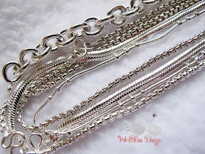 Closeup of very shiny Chiengmai Silver Wireblissmei