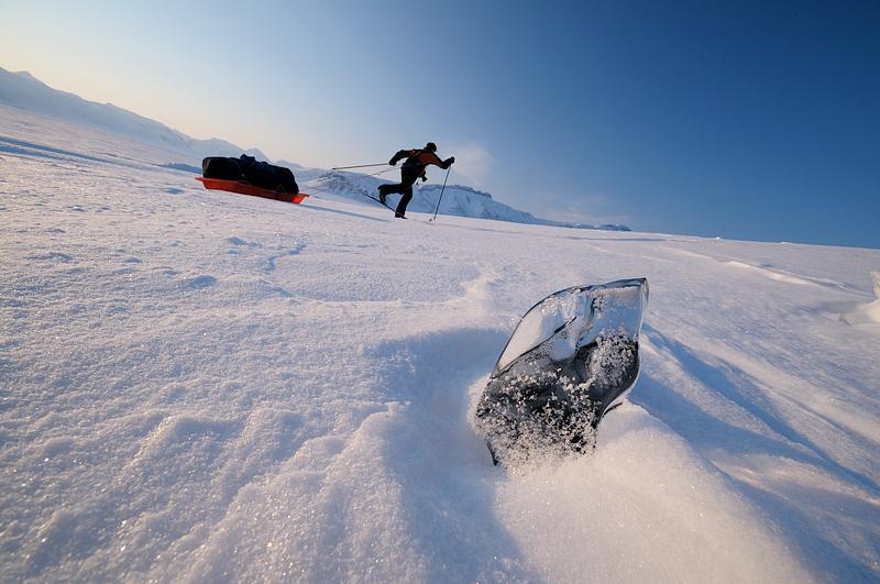 suusataja Jarek Jõepera Teravmägedel, skier in Spitsbergen
