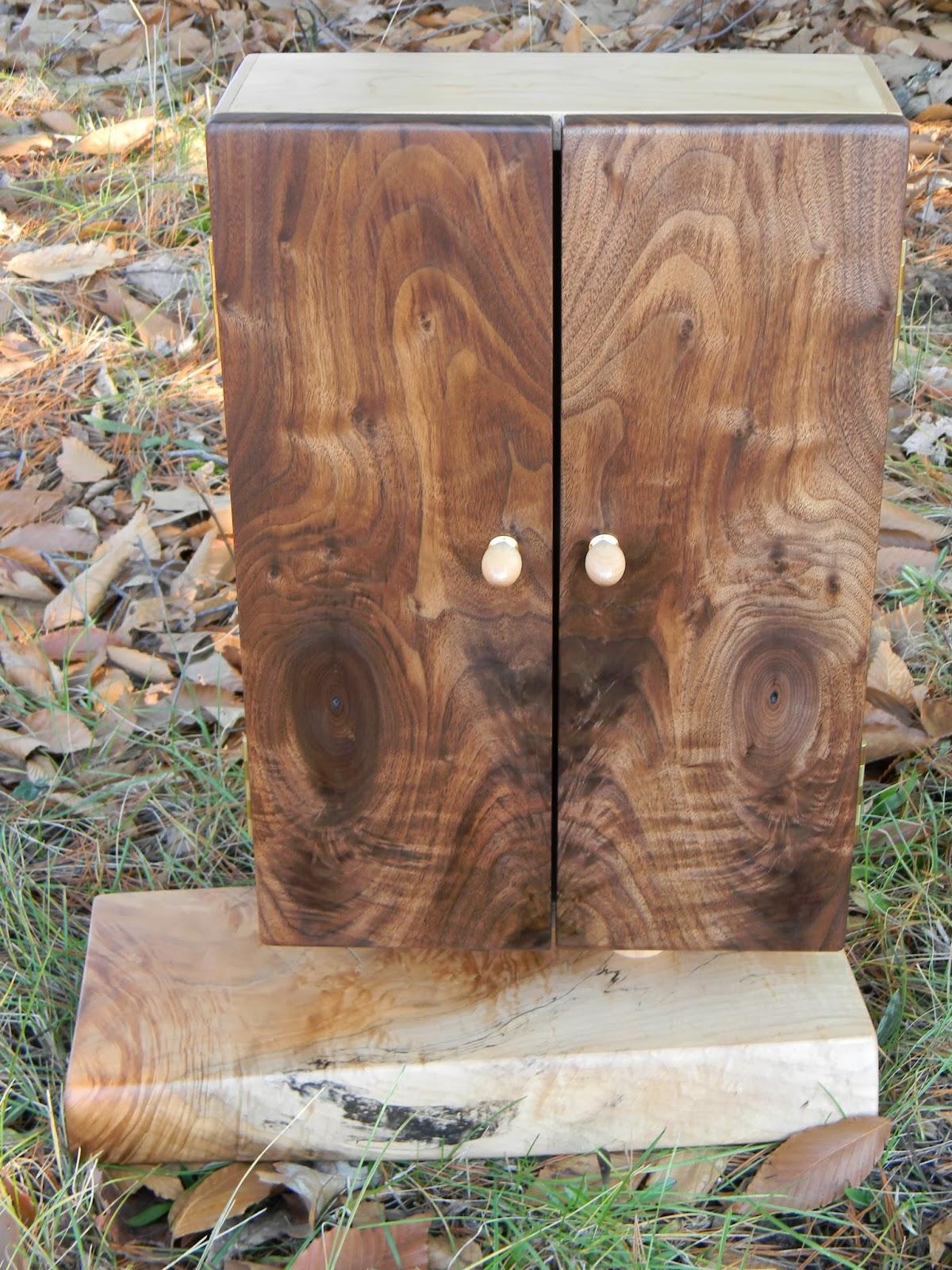 Oakenheart woodcraft desktop style jewelry keepsake cabinet