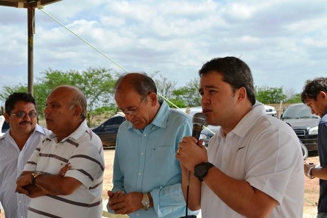 Efraim Filho afirma que reitor da UEPB deverá está hoje em Santa Luzia
