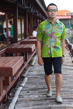 batik gendongan naga hijau