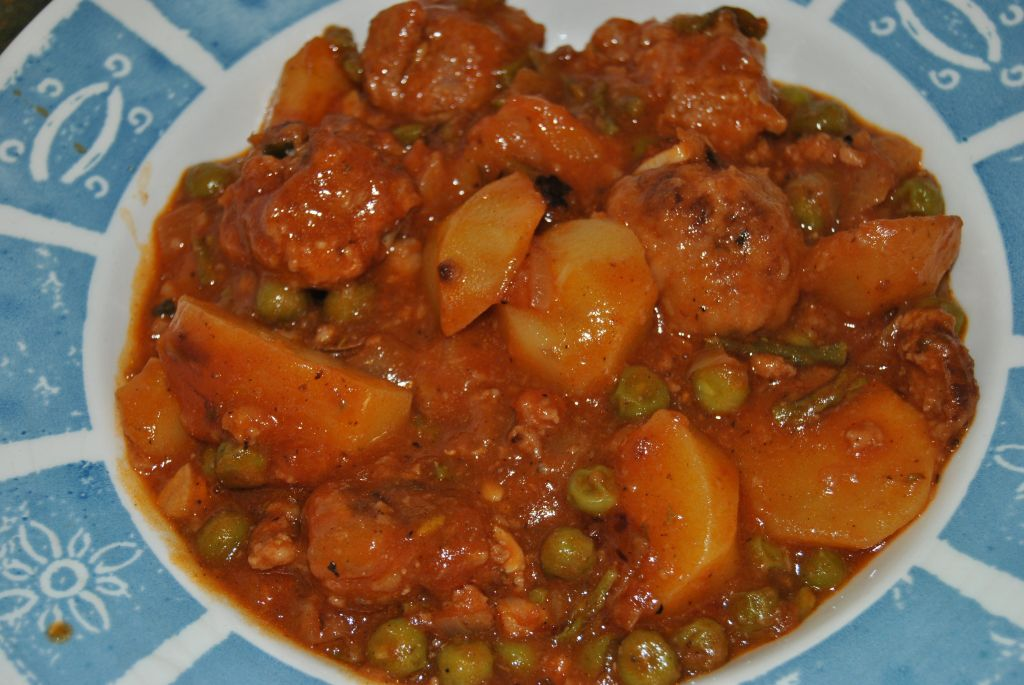 Alb ndigas caseras guisadas antojo en tu cocina - Albondigas de patata ...