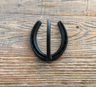 Horse Shoe Hooks