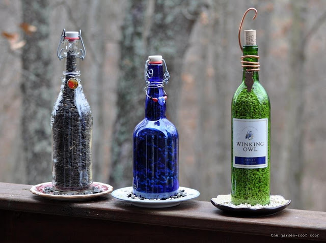 the garden-roof coop: DIY Wine Bottle Bird-