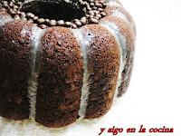 FALSO BUND CAKE DE CHOCOLATE CON HABA TONKA