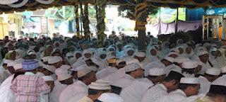 Jemaah Khusu dan Khidmat Ikuti Haulan Guru Sekumpul