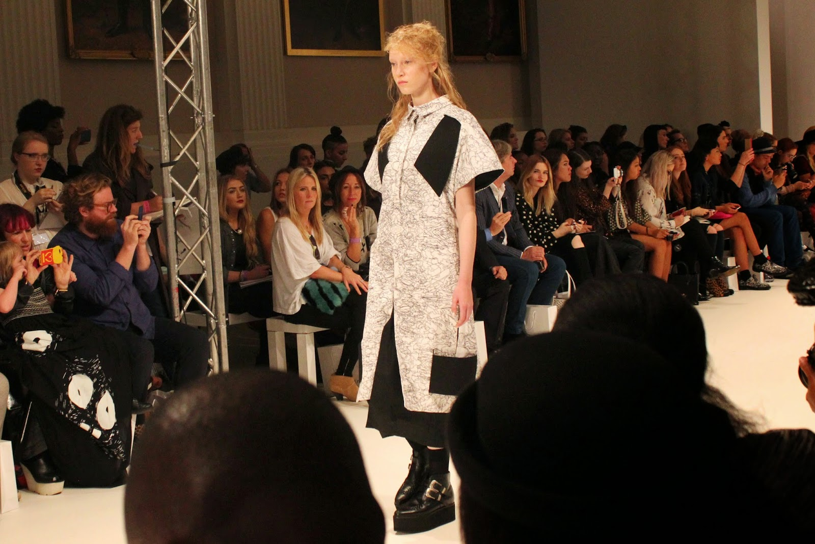 london-fashion-week-2014-lfw-spring-summer-2015-blogger-fashion-Dioralop-catwalk-models-freemasons hall-fashion-scout-shirt-dress-shoes