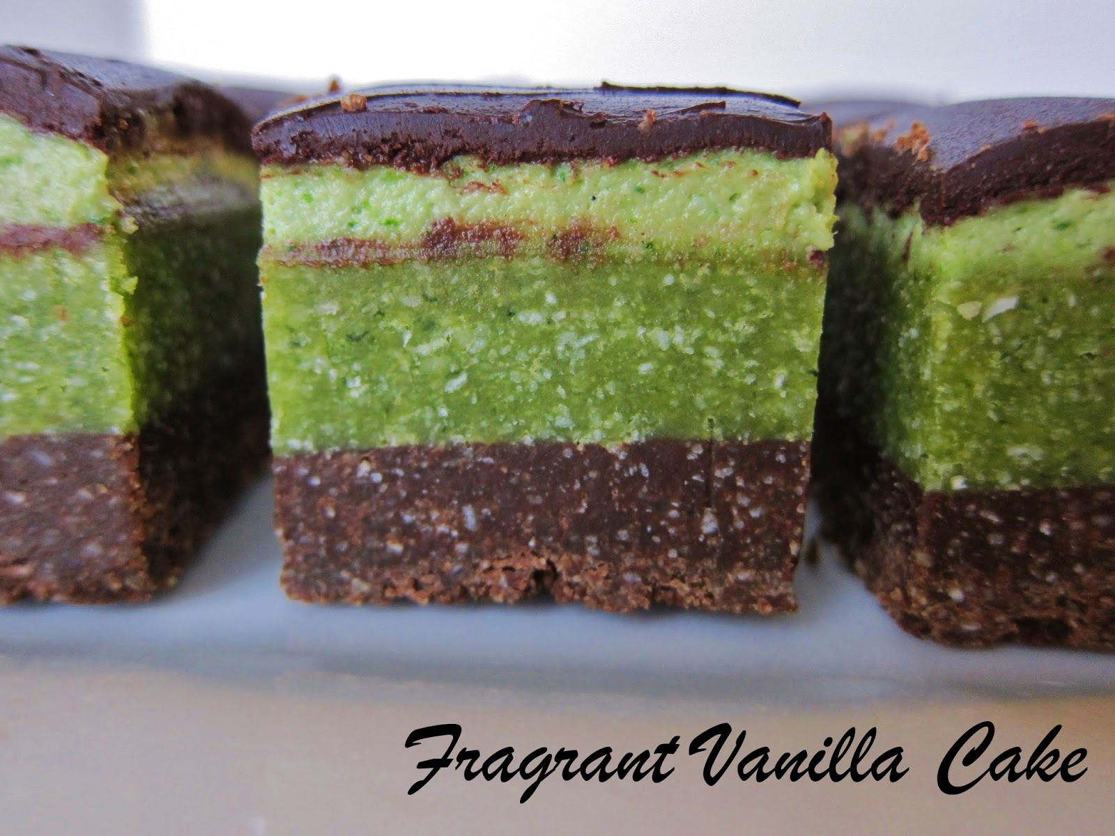 Raw Minty Brownie Bites