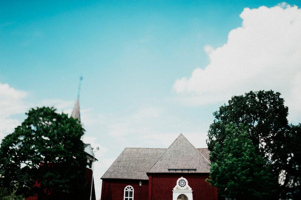 Sundborn kyrka | Bröllopsfotograf i Falun, Dalarna
