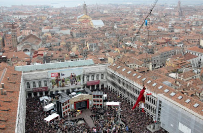 Carnival of Venice 2012, Italy-The flight of the Angel- Travel Europe Guide