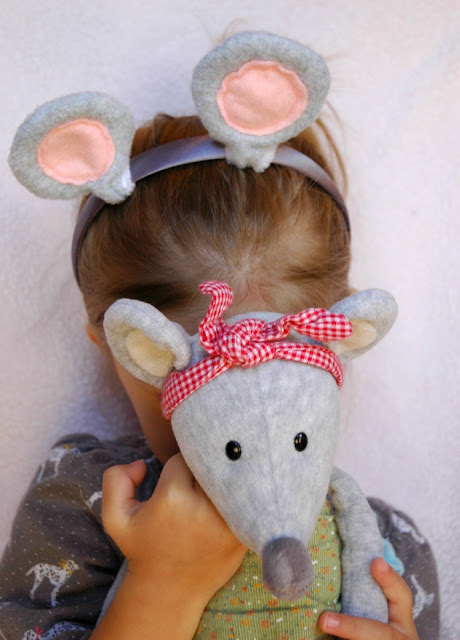 DIY Mouse Ears Tutorial for Halloween or Dress Up
