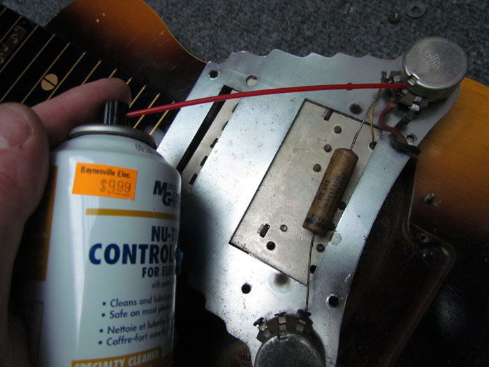 cleaning-potentiometer-contact-cleaner.jpg