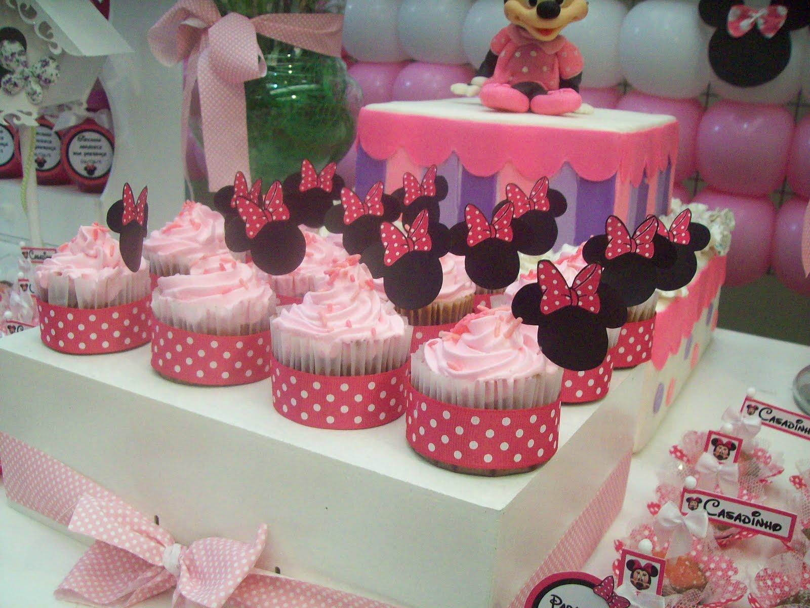 Cupcake De Doce De Leite Decorado   A Mesa Fita De Cetim Das