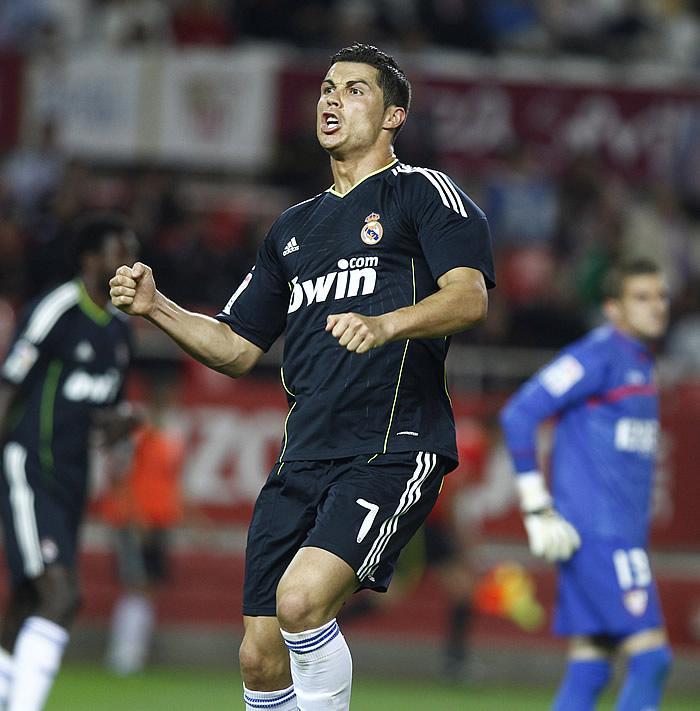 cristiano ronaldo 2011 boots. Cristiano Ronaldo 2011
