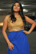 Actress Sowmya glam pics-thumbnail-13