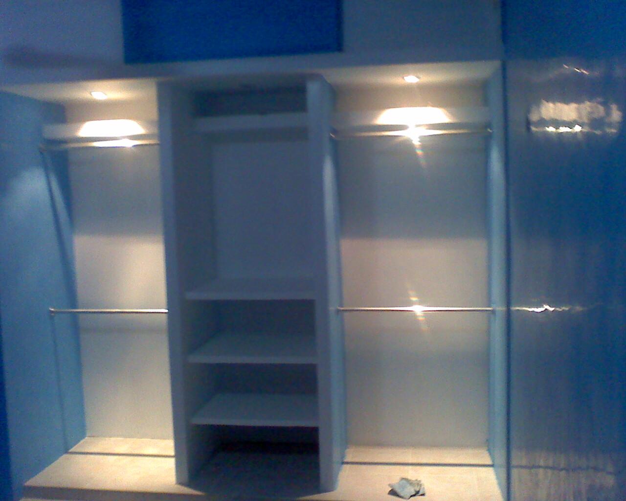 Dcourt decora for Modelos de closet para habitaciones en cemento
