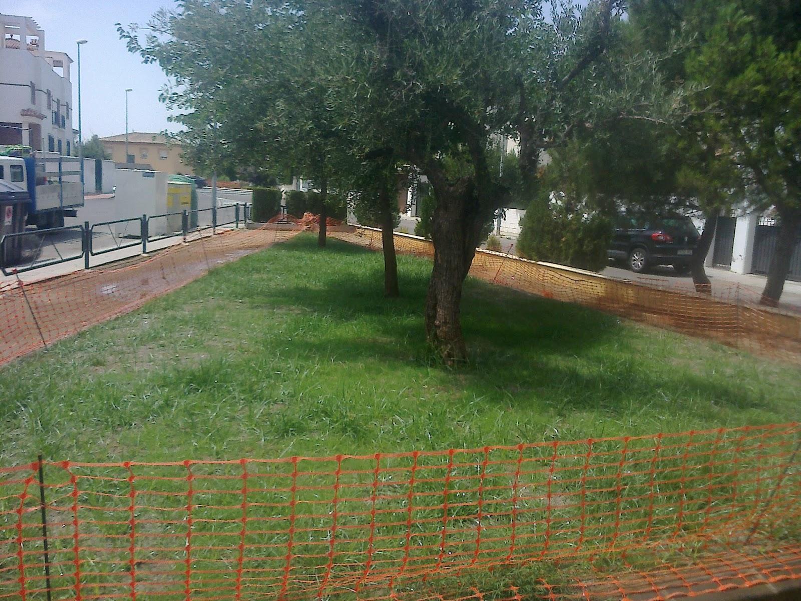 Parques y jardines de ogijares parque pedrizas arreglo y for Arreglos de parques y jardines