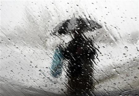 http://2.bp.blogspot.com/-h985BPgcVeA/TgPn_eJpveI/AAAAAAAAABo/aYU-a6OmgH0/s1600/environment-rain-photography1.jpg