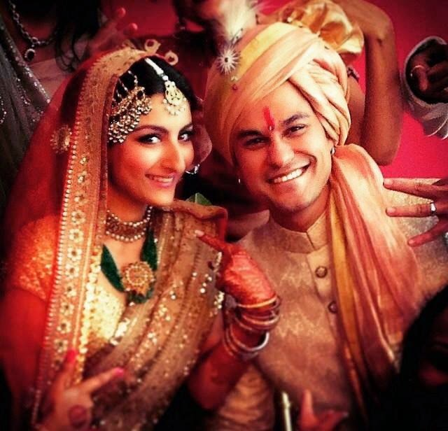Kunal Is Also A Film Star Of Indian Industry We Are Sharing Here Some Pics Soha Ali Khans Wedding Just Have Look