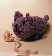 http://www.ravelry.com/patterns/library/butt-cat