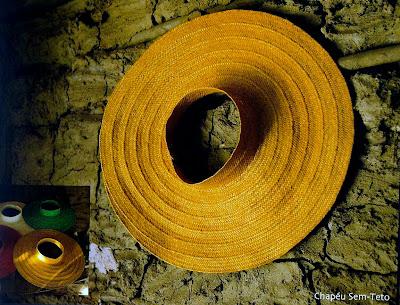 chapeu de palha-bolsa de praia-artesanato de palha de piaçava-artesanato da Bahia-trança de piaçava-artesanato indígena-Bolsa Arco