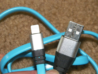 Mobile_Esprit_Lightning_to_USB_Cable.jpg
