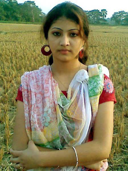 City Mianwali: So Cute Pakistani Punjabi girls or Indian Punjabi girls