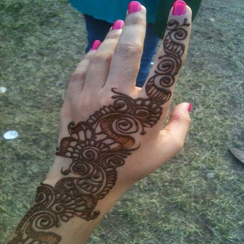 Wedding jewelry simple and beautiful bail mehndi designs for eid of mehndi that is why we have choose some very simple and formal mehndi designs for you so take a look and try to do some different and unique designs thecheapjerseys Image collections