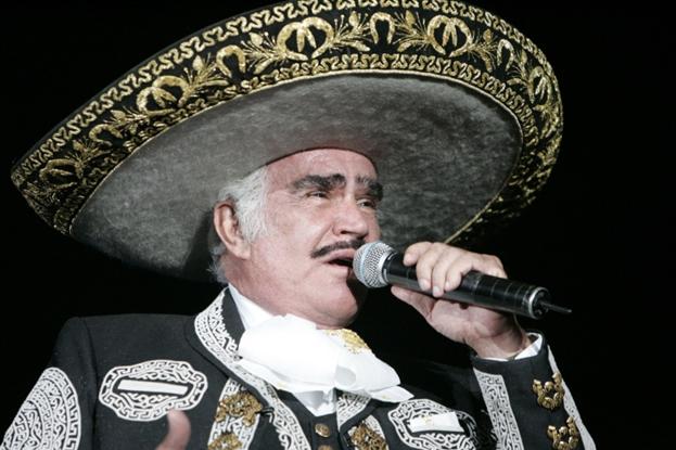 Vicente Fernández se presenta en la feria de Texcoco