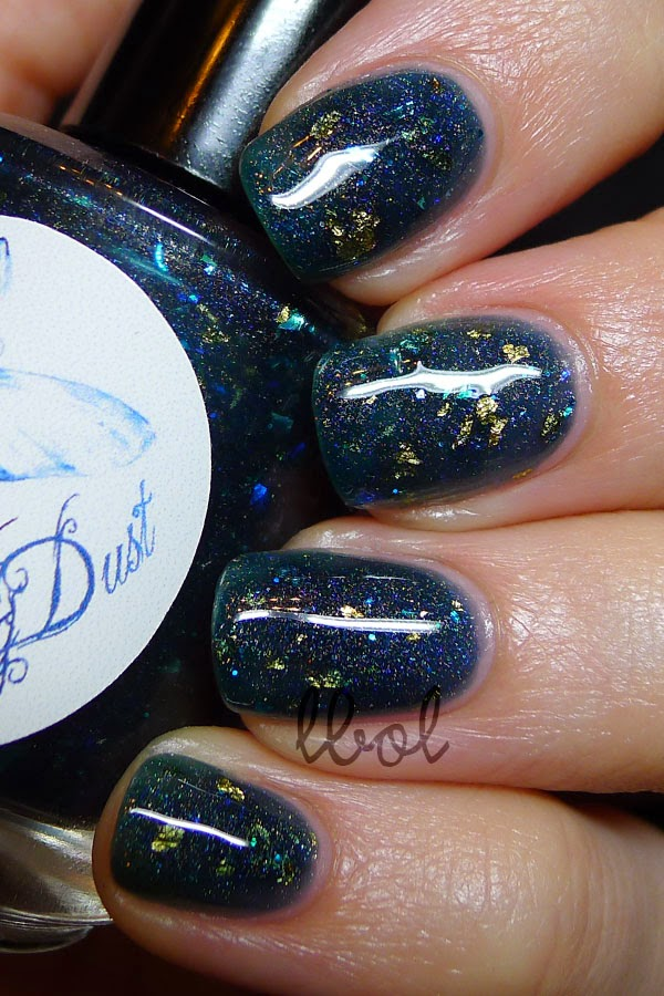 WingDust Collections - Steel Town Girl Swatch