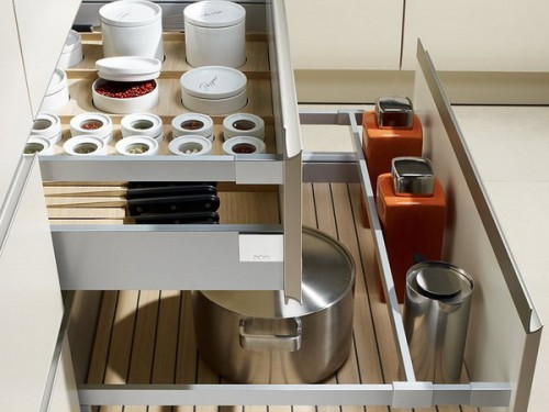 silver girl 39 s lists 57 practical kitchen drawer