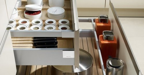 Silver girl 39 s lists 57 practical kitchen drawer organization ideas - Practical kitchen drawers ...