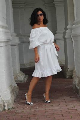 я платья шила белое