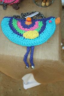 bolso pájaro algodón, metal, cuero y madera