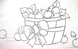 cesto com cerejas e laço
