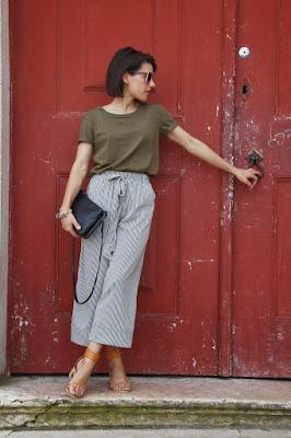 http://ilovefitametrica.blogspot.pt/2015/05/stripes-culottes.html