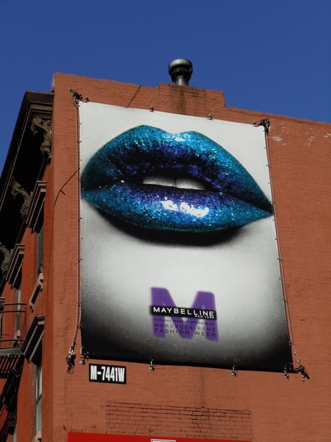 Maybelline lips billboard