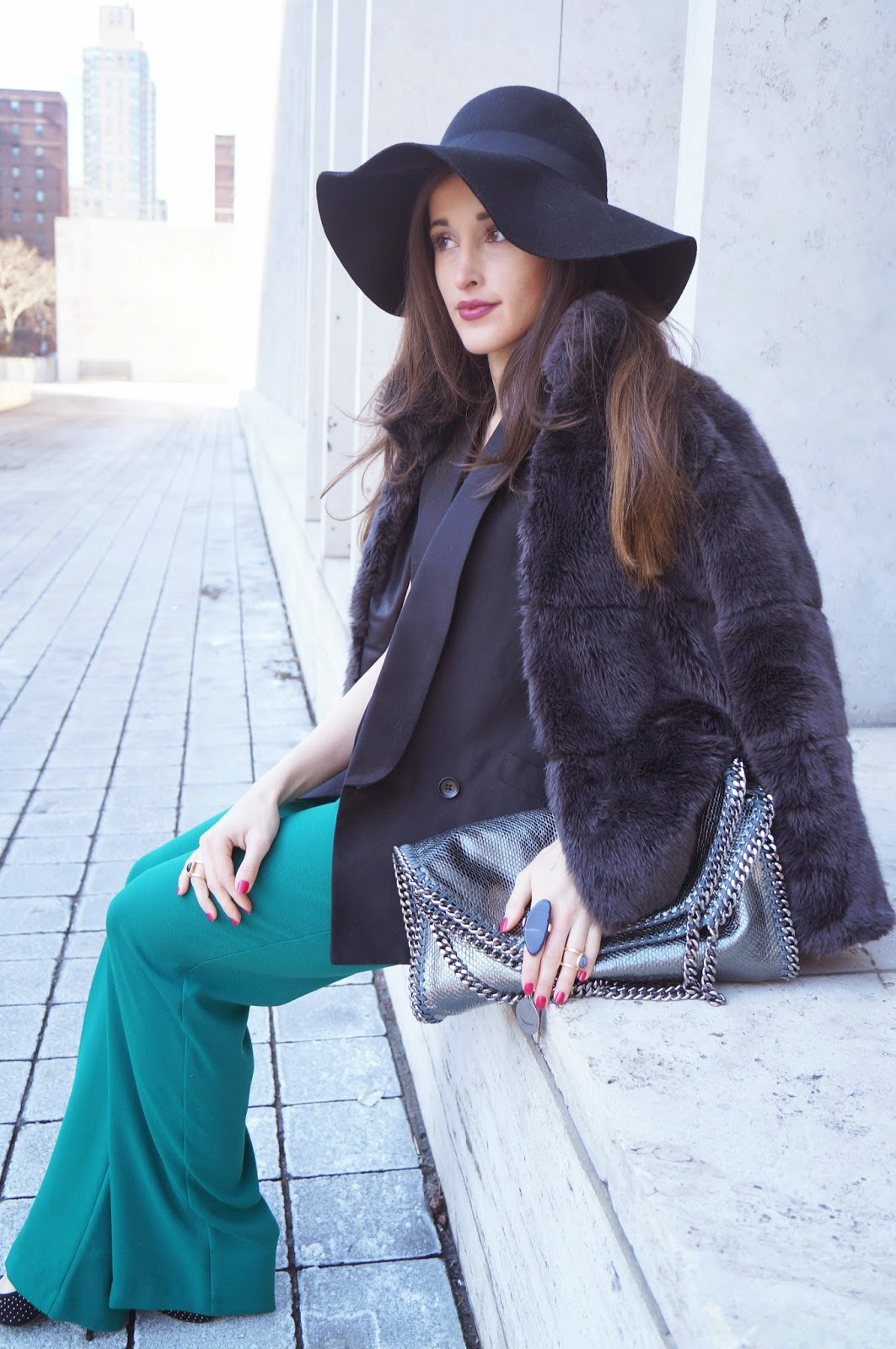 Modern Glamour--How to Get the Look