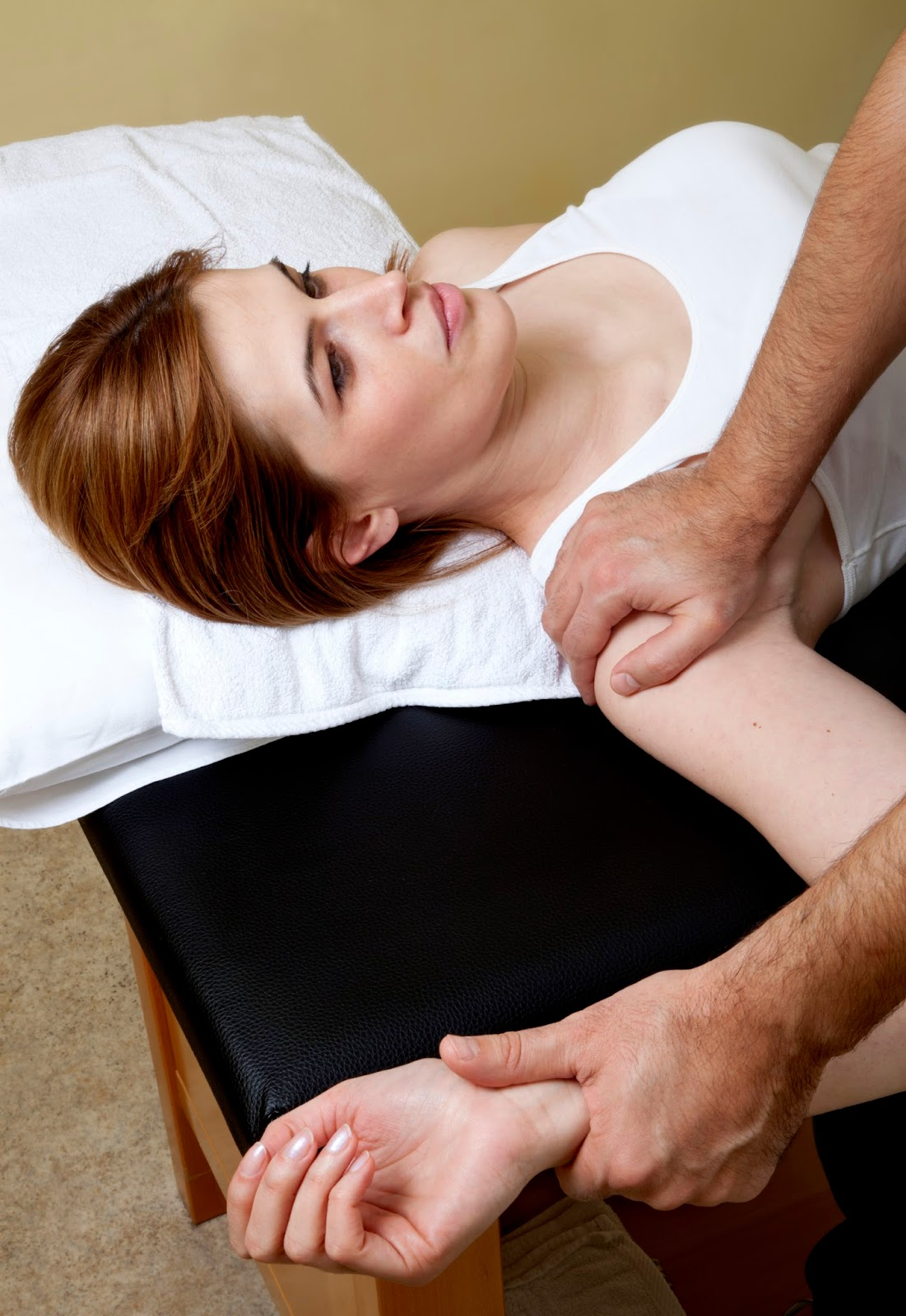 Rotator Cuff Therapy - Academy Massage Therapy - Massage Therapist - Winnipeg - Manitoba