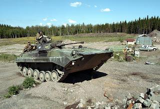 EJERCITO DE FINLANDIA BMP-2+Fines_2