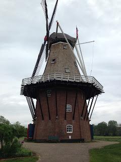 http://www.cityofholland.com/windmillislandgardens