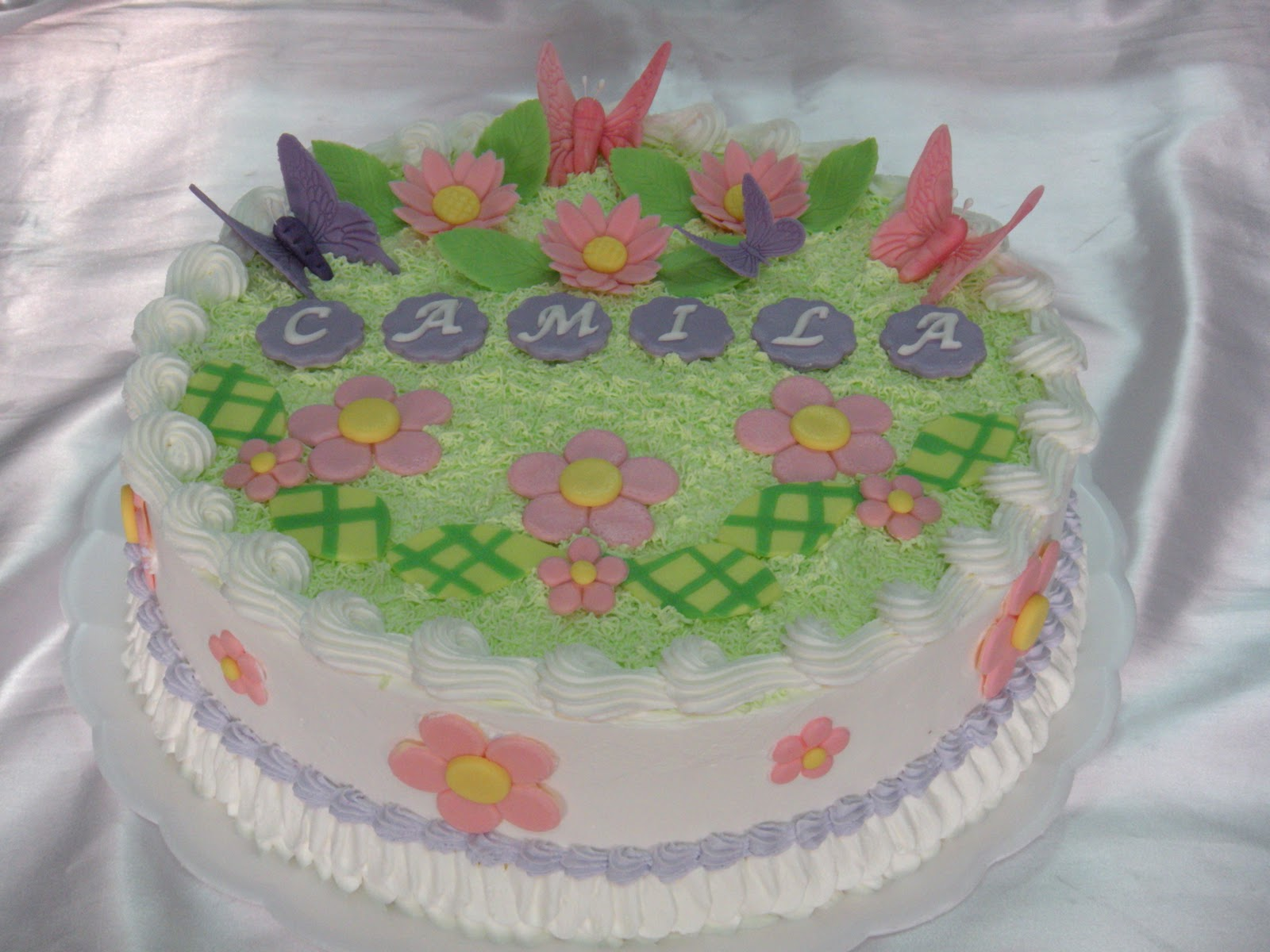 Sami cakes bolo de chantilly bolo de chantilly borboletas altavistaventures Image collections