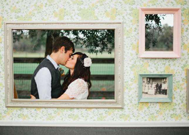 10 creative ways to add frames to your wedding