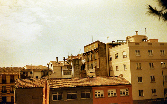 Malaga, Yashica Electro 35, RedScale